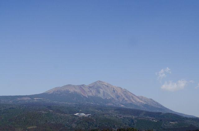 【宮崎・鹿児島】霧島連山の大浪池付近で「火山性地震」が急増