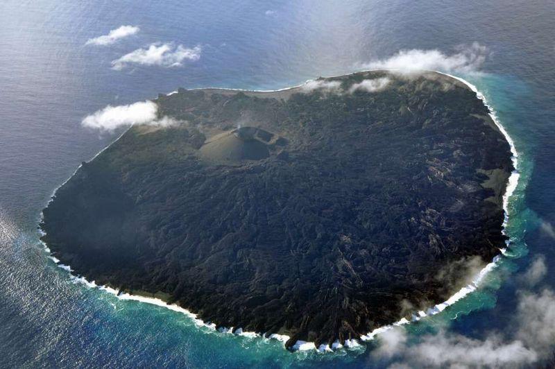 【西之島】火山噴火は100年で4番目の規模に…新たなる謎「特殊な溶岩流」終息は予測は困難