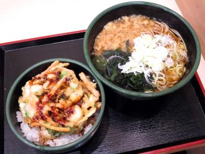 20151201YUDETAROU_kobasirakakiagedon_soba.jpg