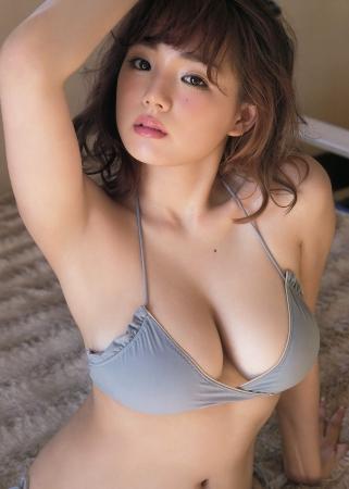 篠崎愛001