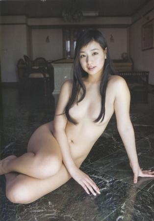 佐山彩香001
