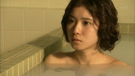 松岡茉優009