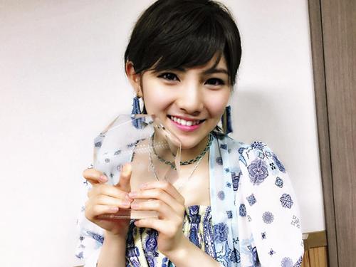 AKB岡田奈々(18) 総選挙14位の美少女がショートヘアに!