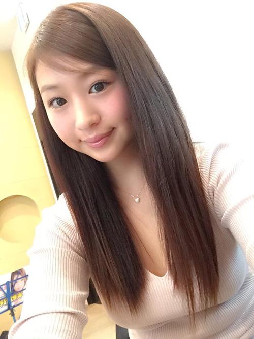 【三次】むちむち巨乳で可愛い佐山彩香ちゃんの自画撮りなどセクシー画像