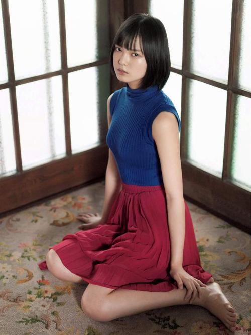 欅坂46のセンター 平手友梨奈(15)のお胸がご立派。