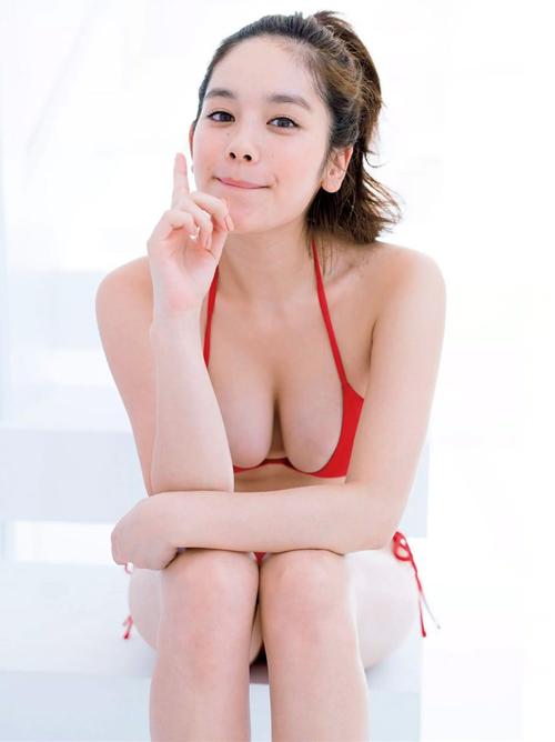 画像☆筧美和子自慢のちょい垂れHカップでパイズリされてえええええ