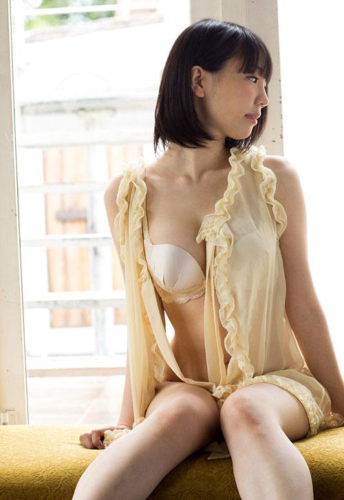鈴木心春Fカップ美巨乳おっぱい5