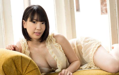 鈴木心春Fカップ美巨乳おっぱい7