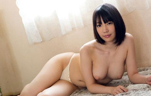 鈴木心春Fカップ美巨乳おっぱい16