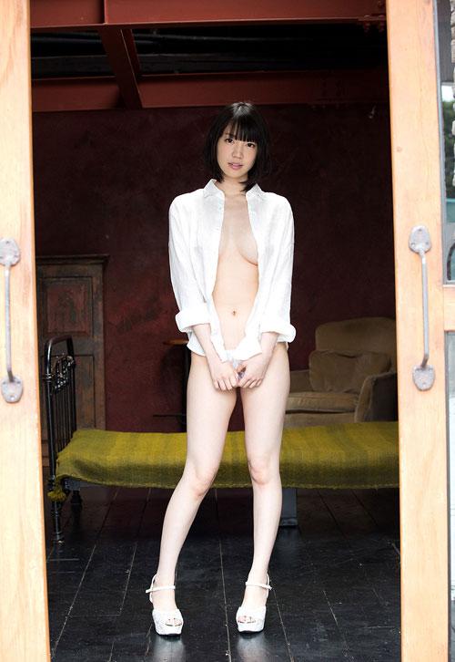 鈴木心春Fカップ美巨乳おっぱい21
