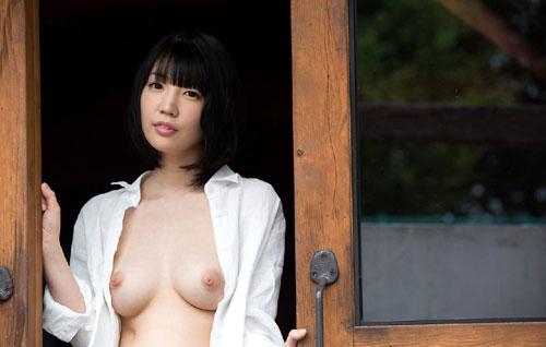 鈴木心春Fカップ美巨乳おっぱい22