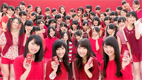 【AKB48メンバーの乳揉みパンチラエロGIF画像】AKB48劇場に会いに行けるアイドル!
