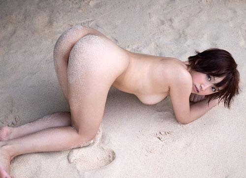 南の島!青い海!太陽の下で輝くきみの歩美ヌードエロ画像集!!
