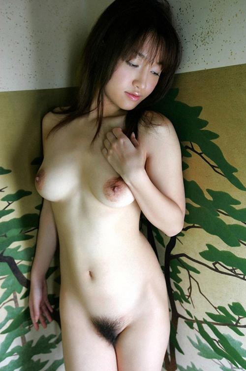 3次元 全裸ヌードでこっち見てるお姉さんのエロ画像 36枚