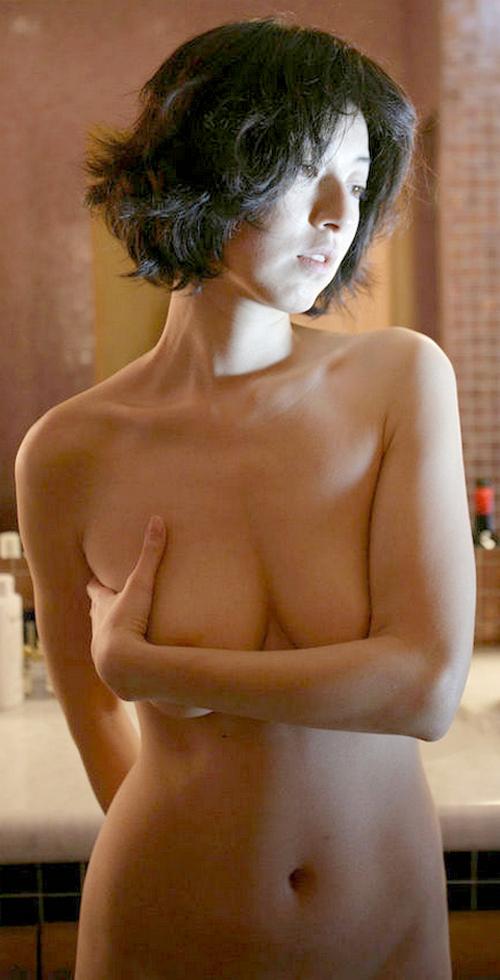 高岡早紀の乳首が綺麗すぎる!「ピンクの乳輪」「たまんねええ」