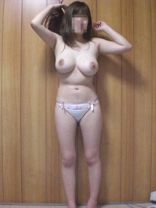 【画像】巨乳女を彼女やセフレに持つ真のリア充が羨まけしからん!