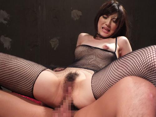【アナルセックスエロ画像】お尻の穴にチンポが刺さってるアナル狂の女たちw