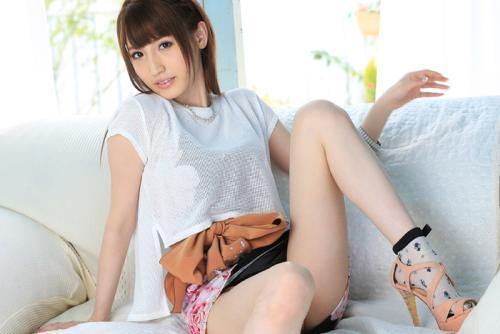 愛沢かりん モデル撮影と称してヤラシイことを…