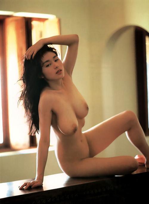 青山知可子 パイパンヌード画像118枚!Gカップの巨乳女優を篠山紀信が撮るとこんな感じになりましとさwww| 青山知可子エロ画像