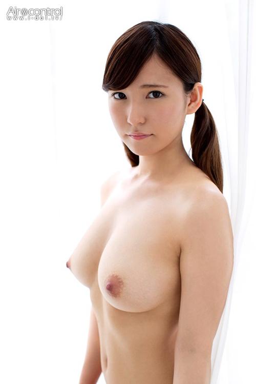 篠崎もも 元美巨乳 JC Jr.アイドルが18歳になり、ヌードから『AV無理』に…【AVデビュー待ち?w】