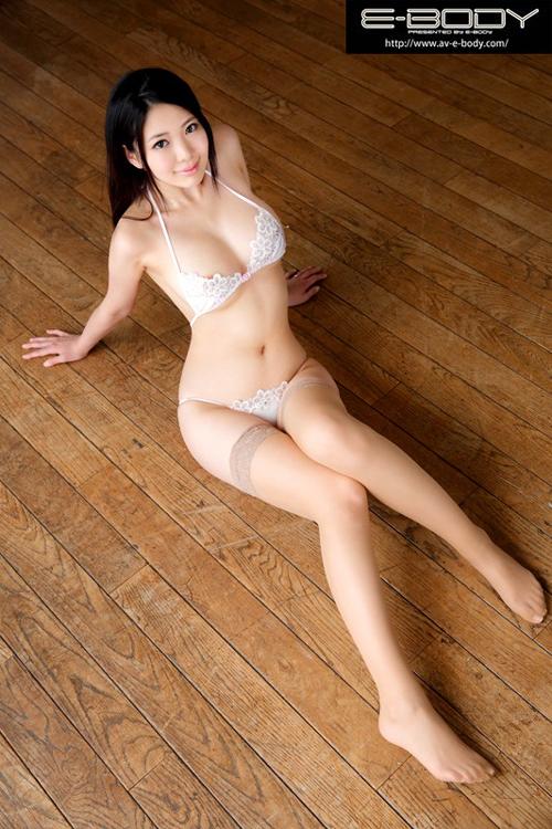 美田さえAVデビュー