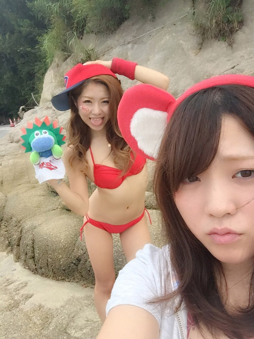 【広島】野球場で見かけたら即コイしちゃいそうな可愛いカープ女子だけ集めたったwwww【画像30枚】