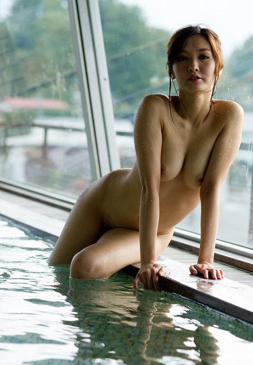 温泉でおっぱい揉んで暖まりたい10