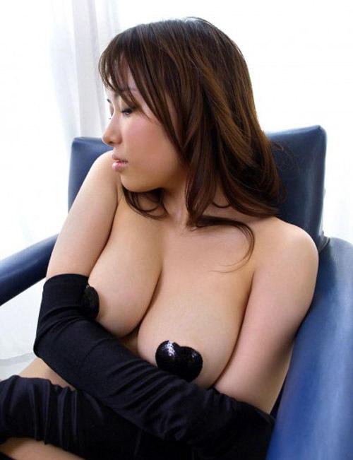 ニプレスや絆創膏つけたおっぱい画像!乳首隠してると大丈夫みたいな風潮ってなんなの? (32枚)
