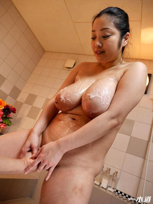 小向美奈子のスライム乳でマットプレイ22