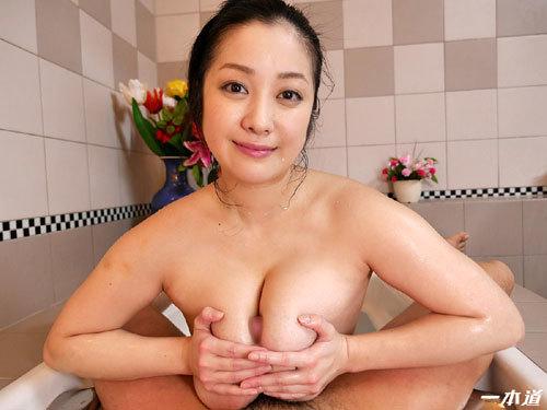 小向美奈子のスライム乳でマットプレイ41