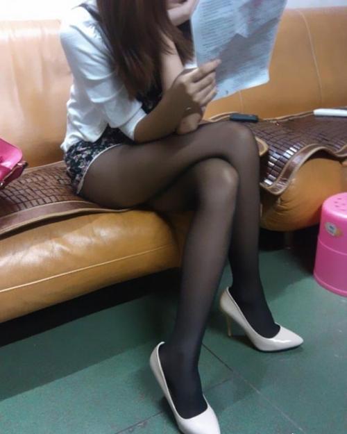 【素人街撮り】黒パンスト履いてる女を見ると…メチャクチャに破りたくなる俺ヤバい?wwww【画像30枚】