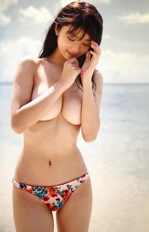 馬場ふみか豊胸疑惑おっぱいがパッツンパッツンすぎる!!