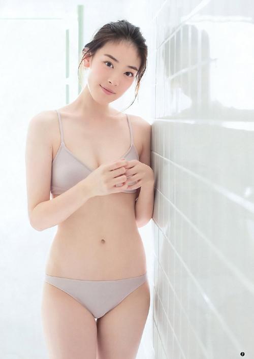 佐々木希の後継者!水上京香(21)のフレッシュ水着グラビア。画像×5