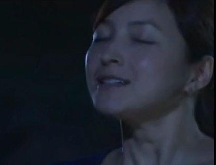 【広末涼子】目を閉じてキスされるのを待つラブシーン