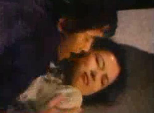 【吉沢京子】顔をしつこく舐められる濡れ場