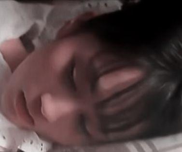 【前田敦子】おっぱいの谷間に顔を突っ込みたくなる濡れ場