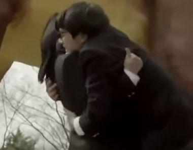 【真野恵里菜】交際を申し込まれるラブシーン