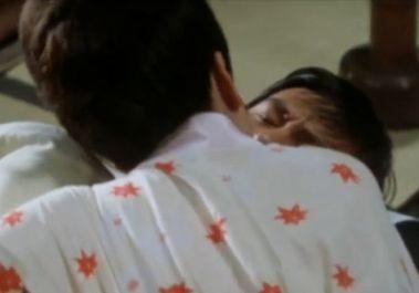 【小畑通子】強く抱きしめてしまう濡れ場