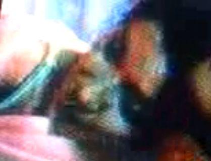 【酒井和歌子】ブラ紐が見えている濡れ場