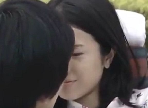 【吉高由里子】涙ぐむラブシーン
