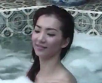 【浜野裕子】脱ぎ惜しみ無しの入浴シーン