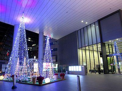 名古屋三井ビル新館前のクリスマスツリー2