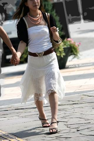 【エロ画像】こうゆう透けたパンツみると○起して歩けなくなる件wwwwwwwwwwwwwwwwwwwww