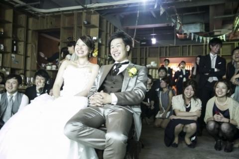(結婚式パ○チラ)結婚式で相手を物色してる女はパ○チラで気を引いてるwwwwwwwwwwwwwwwwwwwwwwwwwwwwww