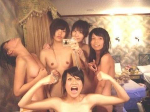 アダルト画像3次元 - 女フレンドの裏切りからドしろーとの痴態H画像が超流出!!責任は誰が取るの☆☆☆