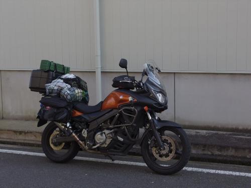 MX1_1623_R.jpg
