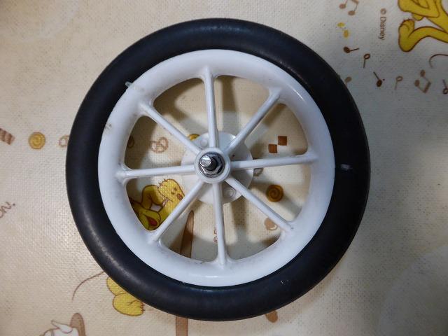 取れた車輪