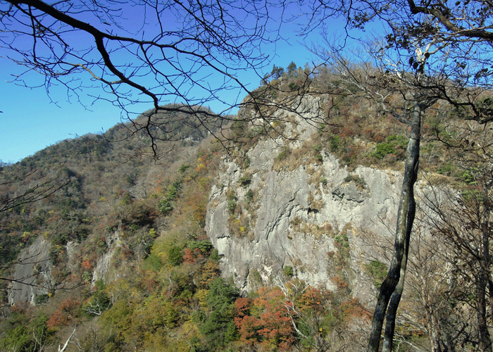 2015,11,3峰入り古道-30
