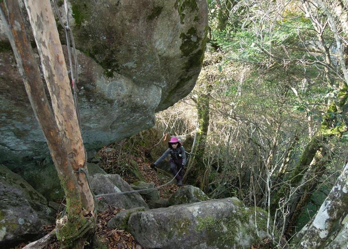 2015,11,3峰入り古道-10
