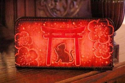 鳥居と猫長財布